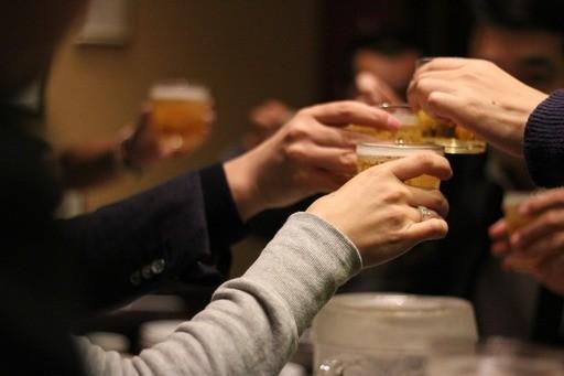 취하지 않고 술~술… 무알코올 맥주 캬!