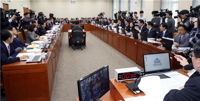 """(2018 국감)(말말말)""""재정정보 관리를 개떡같이 해놔"""""""