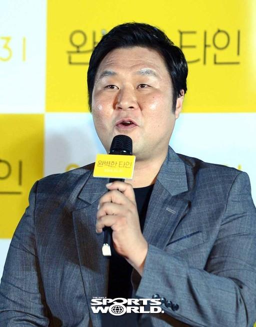 윤경호,'완벽한 타인, 배우들과 함께해 즐거워'