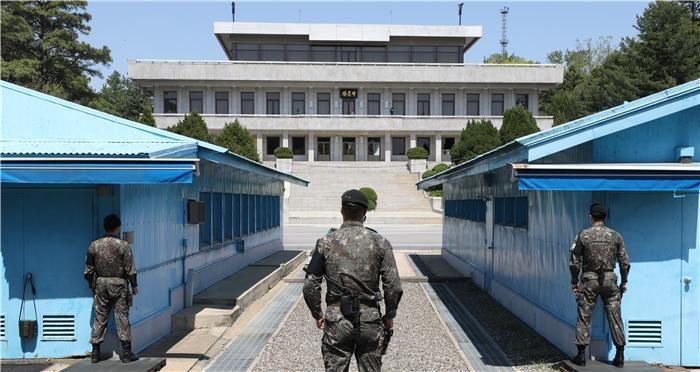 """국방부 """"JSA 비무장화 위한 남·북·유엔사 회의 첫 개최"""""""