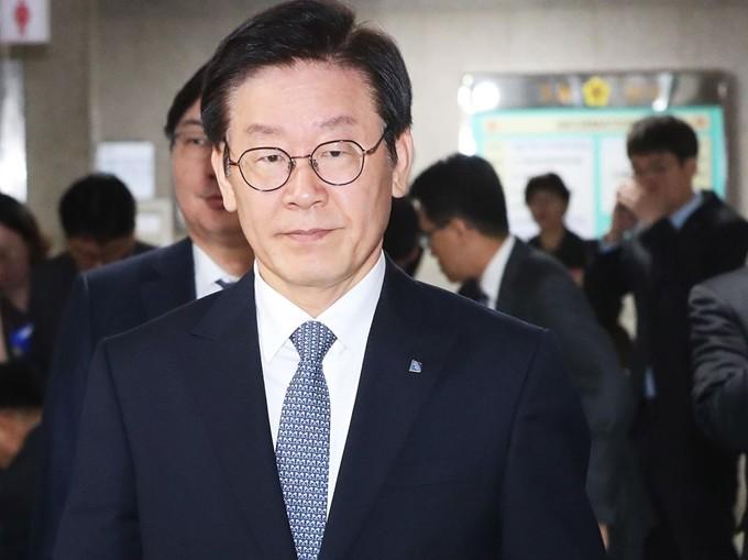 '점 공방' 이재명 지사, 오후 4시 아주대병원서 신체검증