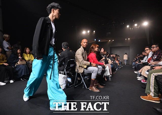 신진디자이너들의 '신선한 패션쇼'