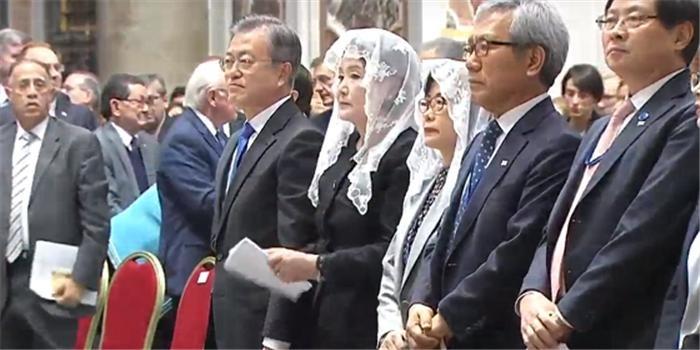 문 대통령 내외, 바티칸 '한반도 평화기원 특별미사' 참석