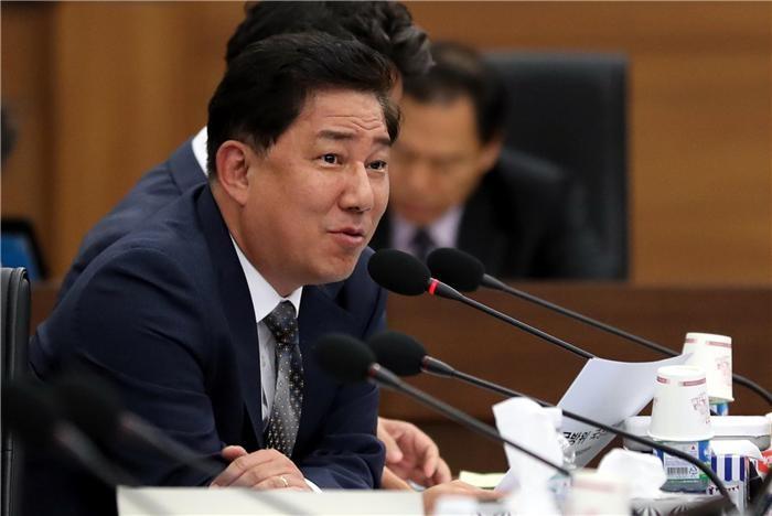 """(2018 국감)김병기 """"4년 간 국방부 출신 공무원 임의취업 수 94건"""""""