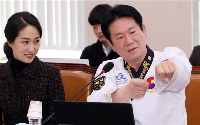 """""""중국산 불법 VR 게임 범람""""…국감서 게임위 관리감독 소홀 지적"""