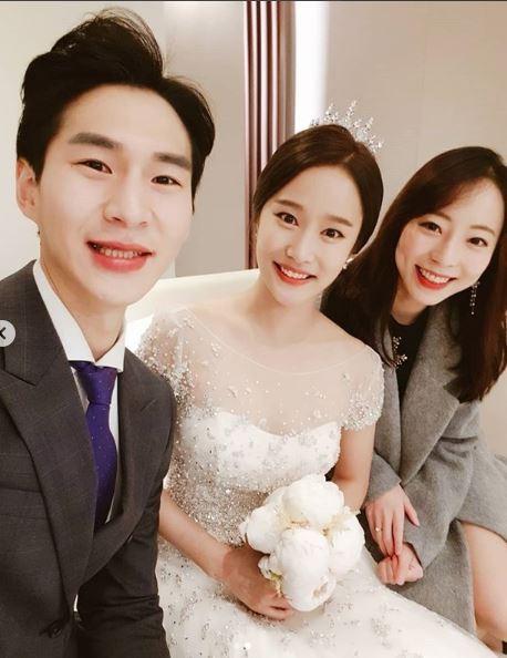 """'예비신랑' 밴쯔, 헤이지니 결혼식 참석 인증샷 공개 """"우리 조만간 커플 데이트 또 해요"""""""