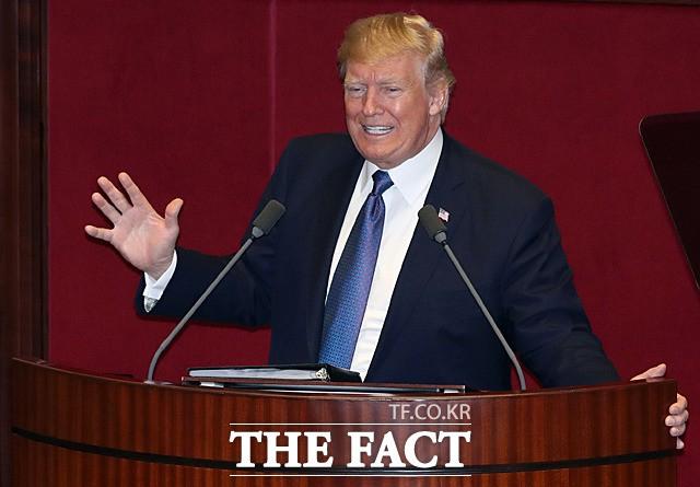 """트럼프, 北 미사일 기지 논란에 """"새로운 것 없다"""""""