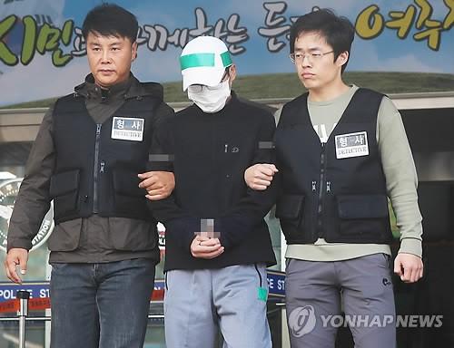 """윤송이 사장 부친 살해범 2심도 무기징역…""""이게 재판입니까"""" 항의"""