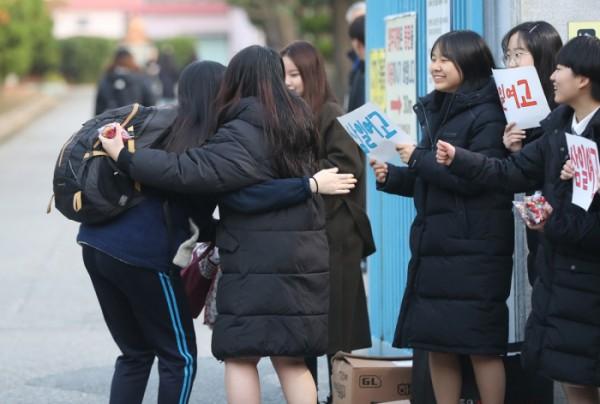 1교시 국어 결시율 전북 10.94%·울산 10.71%·강원 10.51%…부산은 6.48%로 다소 낮아