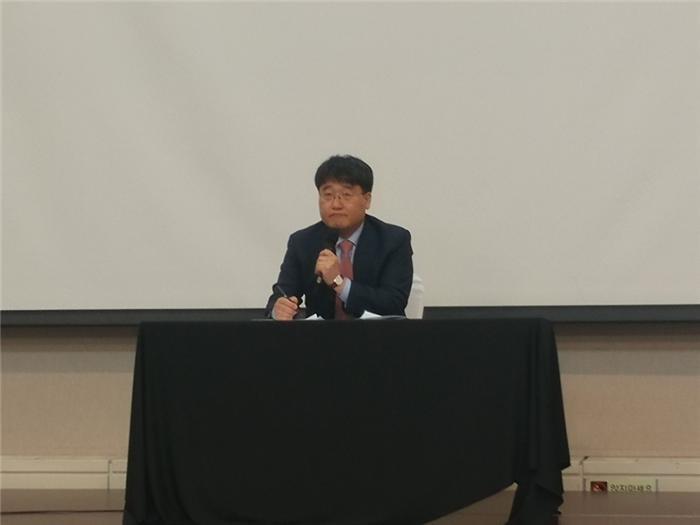 """(지스타2018)황성기 의장 """"게임 자율규제 정착, 이용자 반응 따라야""""…한국게임정책자율기구 출범"""
