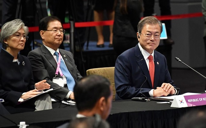 문 대통령, 한중 정상회담으로 비핵화 돌파구 모색