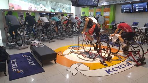 실내서 무한 라이딩… 스피돔 자전거 롤러체험관 운영