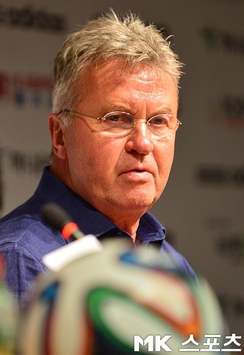 히딩크 감독의 中 U-21 팀, 아이슬란드와 1-1 무