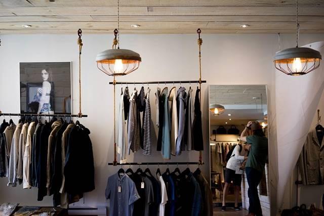 '적과 동침' 편집숍에 '라이프 스타일'로 패션업계는 진화 중