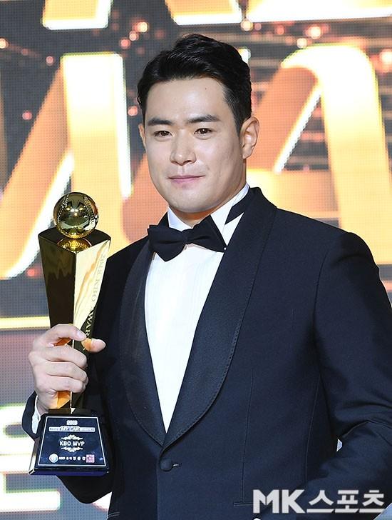 두산 김재환 `2018 KBO MVP는 바로 나야 나!`