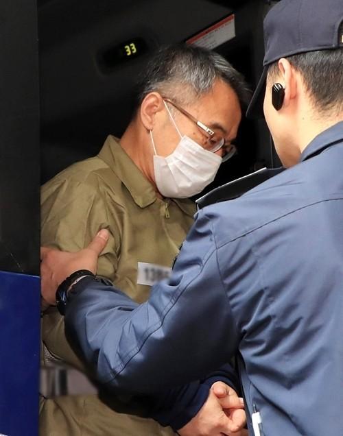 '사법농단 핵심' 임종헌 재판 시작…檢, 윗선 공모 규명 주력