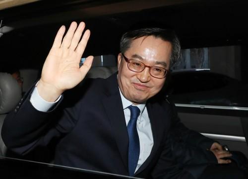 """김동연 """"소시민으로 돌아갈 것…저는 文 정부의 초대 부총리"""" 한국당행 부인"""