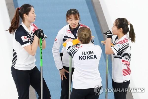 여자컬링, 월드컵 준우승…일본에 아쉬운 역전패