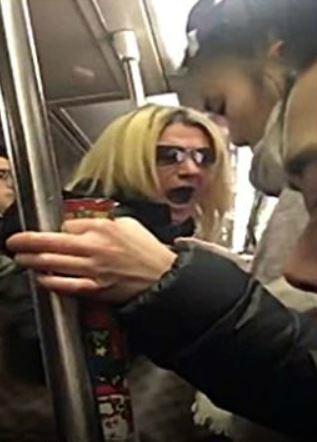 40대 백인 여성 美뉴욕 지하철서 20대 아시아 여성 '폭행·인종차별 모욕'