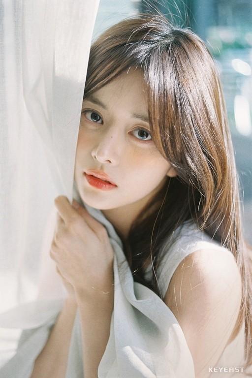 '알함브라' 한보름, 현빈의 두번째 아내로 첫 등장…셀럽 고유라 役