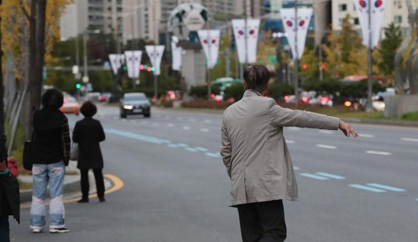 택시에 질린 시민, 카풀에 놀란 택시…'공유점'은 없을까