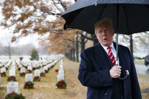 트럼프, 징크 내무 교체… 속도내는 '내각 물갈이'