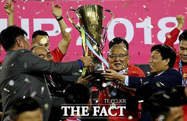 '박항서 매직' 베트남 우승, 국내 시청률도 21.9%