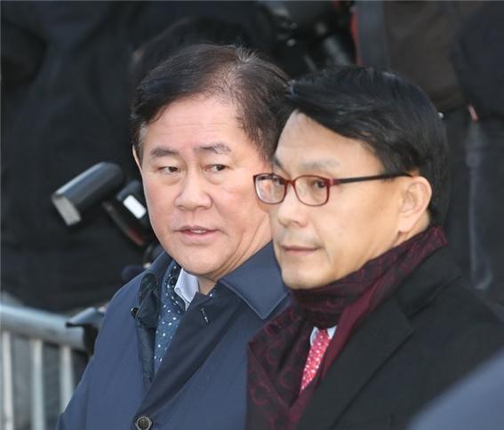 한국당 '인적 쇄신안' 발표...친박 12명·비박 9명