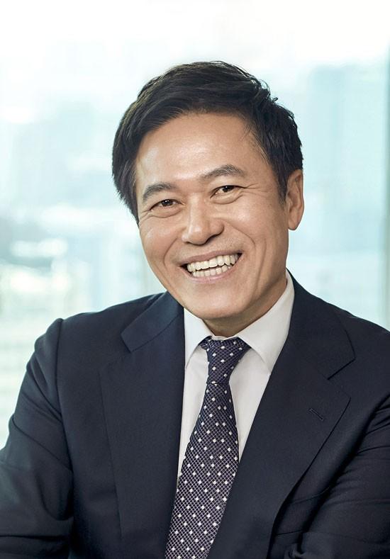 """박정호 SK브로드밴드 사장 """"5G 시대 방통 융합 1등 회사 만들겠다"""""""