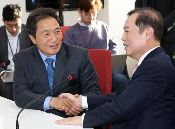 """이학재 탈당 선언 """"한국당 돌아가 보수의 개혁·통합 매진"""""""