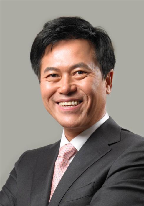 """박정호 SKB 사장 """"5G 시대, 방송통신융합 1등 회사로 만들겠다"""""""