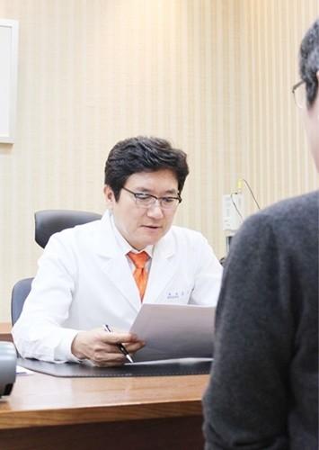 겨울철 심해지는 만성전립선염, 적절한 치료 통해 극복해야