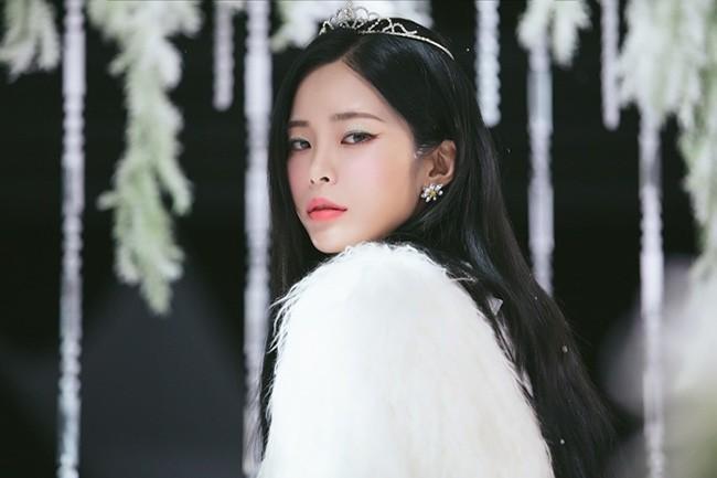 헤이즈, 美 빌보드 선정 '2018 최고의 K-POP 앨범·노래' 최상위권 섭렵