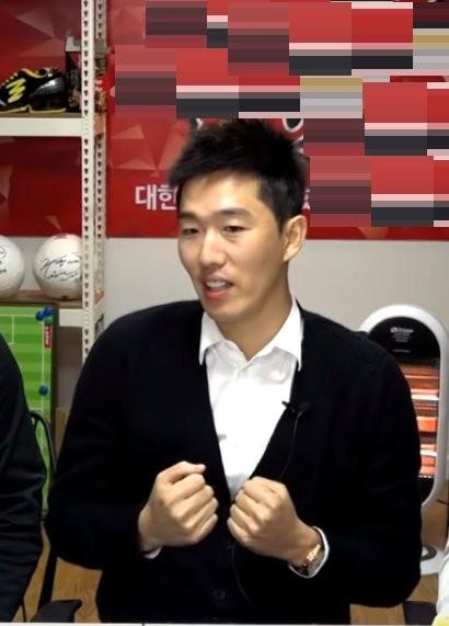 JTBC 한국-중국전 프리뷰쇼 등장한 김정우는 누구? '전 국가대표+뼈정우'