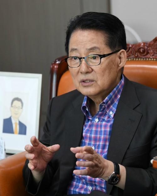 """""""대통령과 내각·국민·언론 연결고리역 해야"""""""