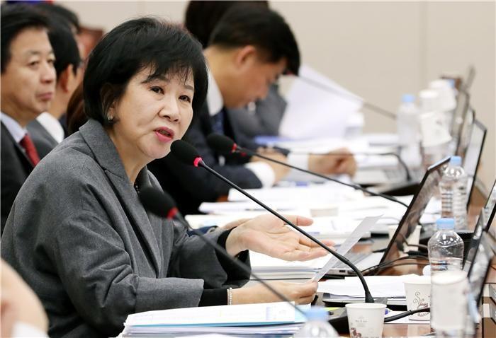 민주당 손혜원, '목포 투기의혹' 관련 내일 기자회견