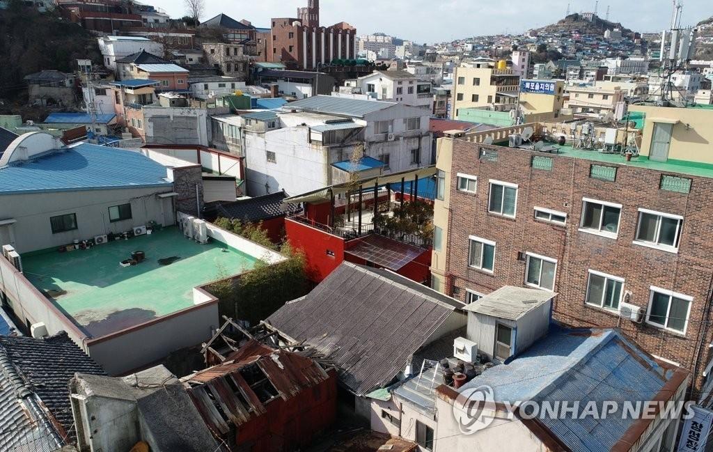 '손혜원 투기 논란' 목포역사거리, 실제 땅값은?