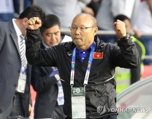 """베트남 언론 """"'박항서 매직', 한국도 베트남 축구에 애정"""""""
