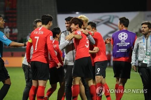 한국 아시안컵 8강전 상대는 카타르 또는 이라크
