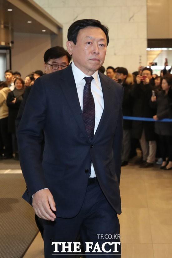 신동빈 롯데그룹 회장 신년 첫 사장단 회의서 던질 화두는?