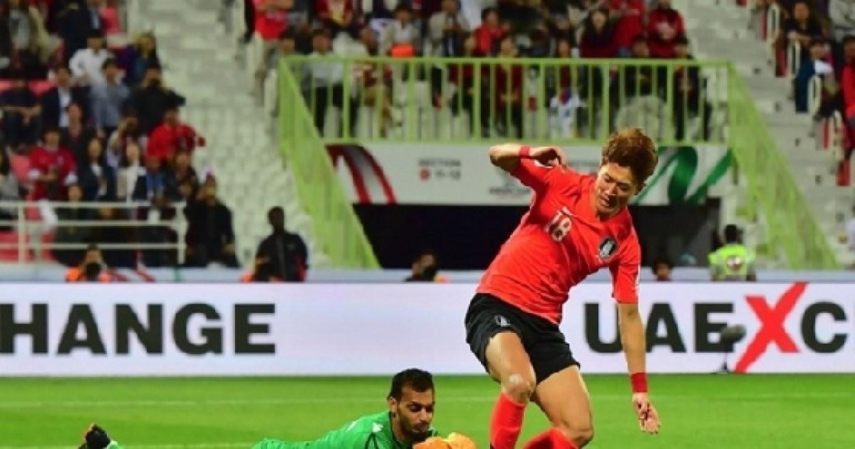 """신태용의 일침 """"바레인 GK 골킥에 경련, 말도 안된다"""""""