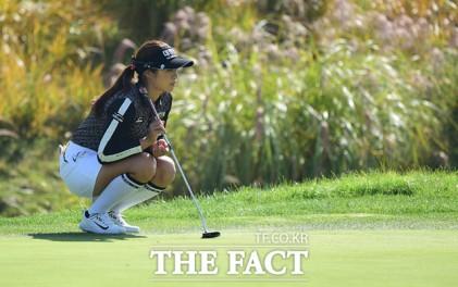 이정은, LPGA 공식 데뷔전 우승 기회 잡았다