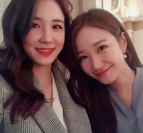 '동물농장' 장예원, 친동생 장예인과 붕어빵 셀카 공개 '우월 유전자'