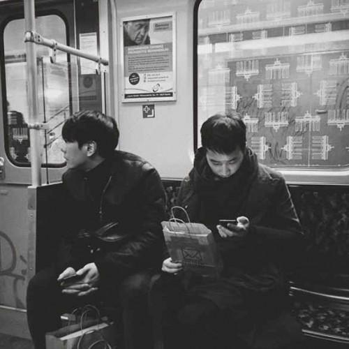 정재일, 박효신과 함께한 일상 눈길 '흑백사진 뚫고 나오는 훈훈함'