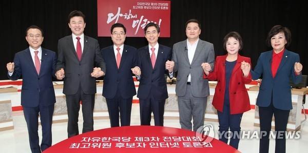 '5·18망언' 한국당 지지율 3.7%p 하락해 25.2%…민주당 40.3%