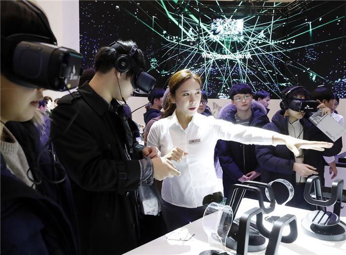 '모바일 5G' 3월 시작…이통사, 요금제·콘텐츠 준비 '분주'