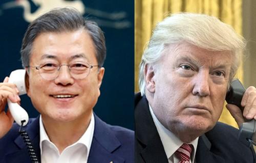 """文 """"남북경협사업 떠맡을 각오"""" 트럼프 """"하노이서 큰 성과 낼 것"""""""