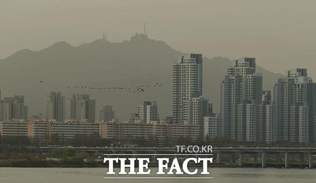 한낮 포근, 중부·전북·광주 미세먼지 '나쁨'
