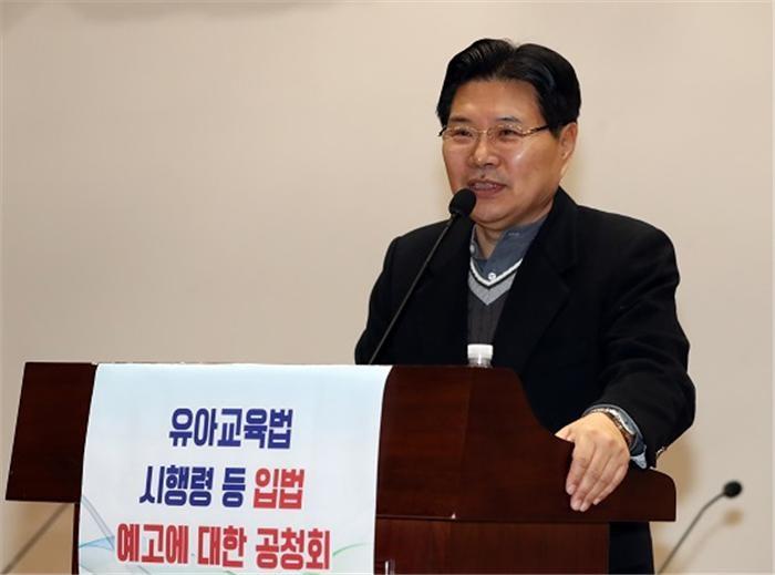 """홍문종, 보좌진 KT특혜채용 의혹에 """"근거없는 음해성 루머"""""""