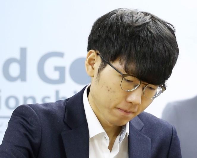 박정환, 6시간 30분 접전 끝에 커제 꺾고 월드바둑 3연패 달성